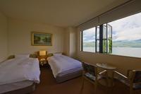 山中湖側・・洋室