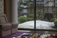 12畳和室から眺めていただける雪景色です。